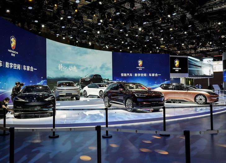 Фото №1 - Ветчина и ржавчина выставки «АвтоШанхай-2021»