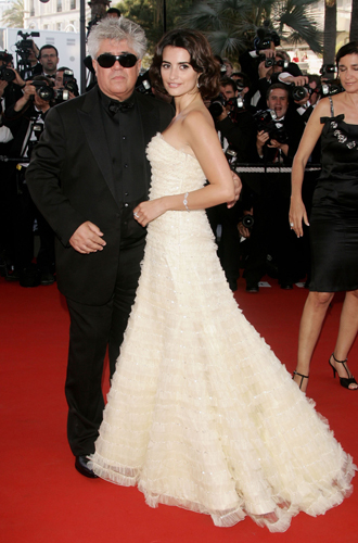 Фото №51 - Войти в историю: 35 культовых платьев Каннского кинофестиваля
