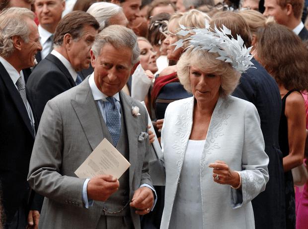 Фото №1 - Почему свадьба Камиллы и Чарльза расстроила «любимую невестку» Королевы