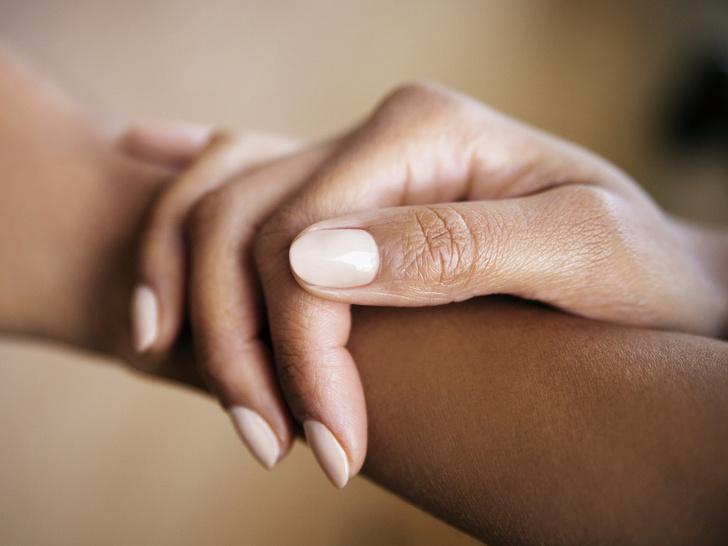 Фото №3 - 7 приемов, как сделать ногти визуально длиннее и красивее