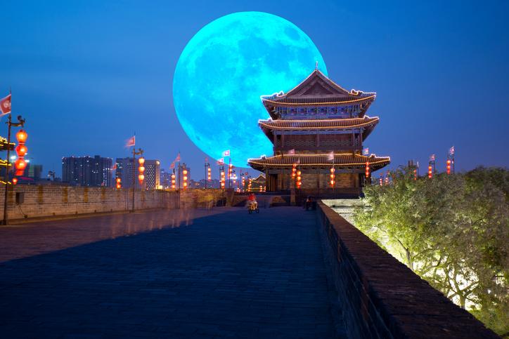 Фото №1 - Китайцы планируют запустить искусственную Луну