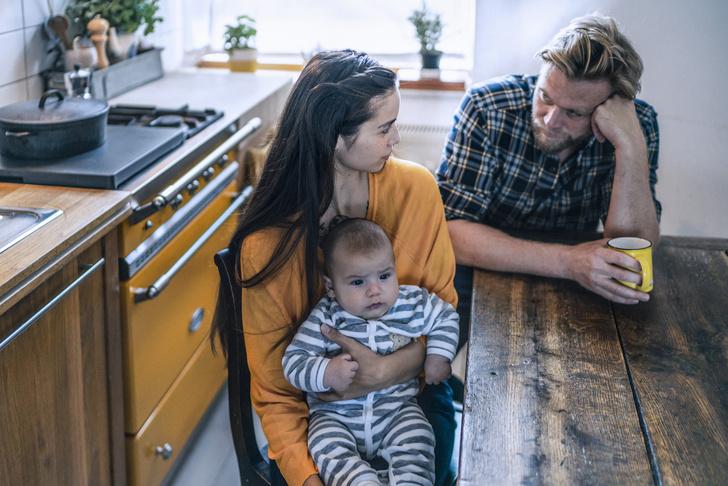 Фото №1 - Почему мамы такие чуткие, а папы— нет: мнение психолога