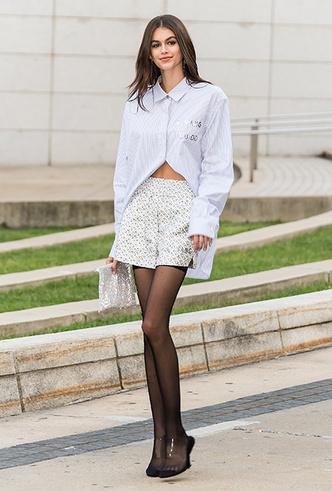 Фото №2 - Микрошорты: как носить самый модный «низ» этого лета