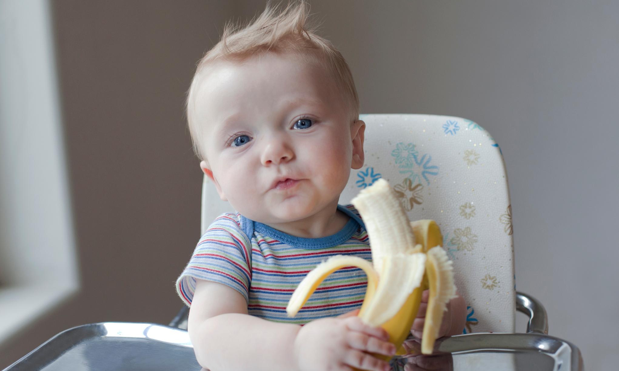 Чем бананы могут быть опасны для детей: мнение врача