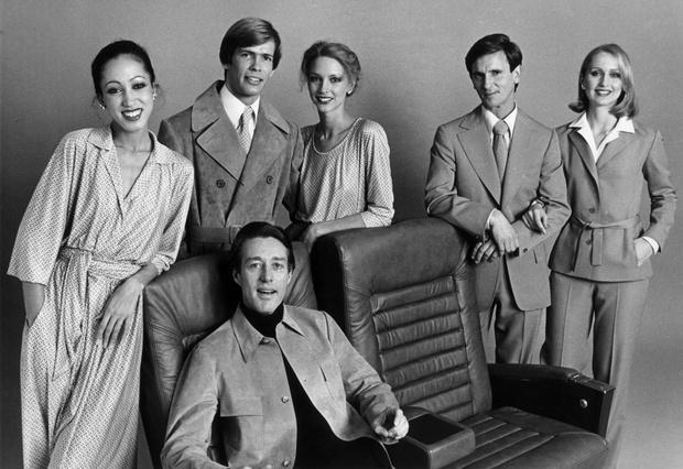 Фото №3 - Легендарный Рой Холстон: как самый звездный дизайнер 70-х создал и потерял свою модную империю