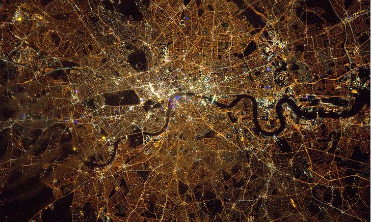 Фото №1 - Огни Лондона