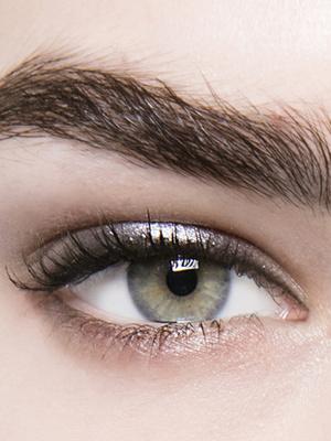 Фото №18 - Макияж по цвету глаз: как правильно расставить акценты