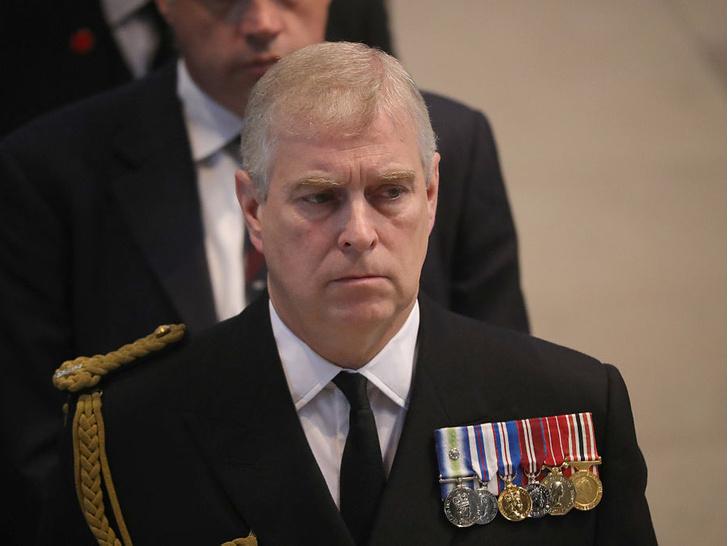 Фото №2 - Угроза монархии: как Виндзоры отреагировали на новые обвинения в адрес принца Эндрю