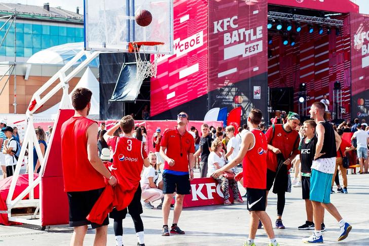 Фото №1 - Финал KFC BATTLE FEST: Баста, IOWA, Алексей Воробьев и FEDUK выступят в Сокольниках