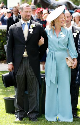 Фото №16 - Модный архив: как будущие принцессы, герцогини и королевы одевались до замужества