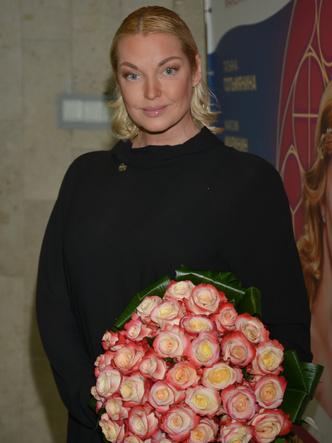 Анастасия Волочкова, шоу, новый образ, балерина. светская львица, звезда балета, скандальные звезды, странные образы, антитренды