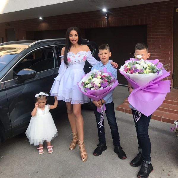 Фото №4 - «Он мог поставить их на гречку»: экс-жена рэпера Сереги обвинила его в издевательствах и похищении детей