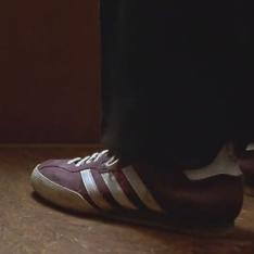 Фото №17 - Топ-10 культовых кроссовок из кино
