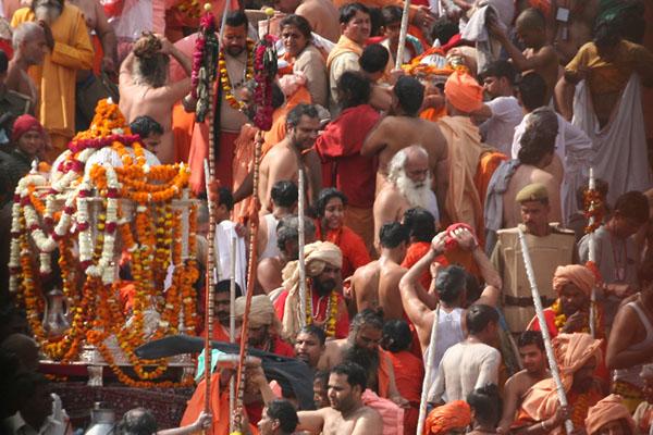Фото №2 - Обнаженные ценители индийской амриты