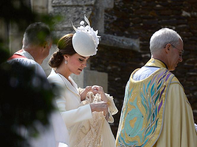Фото №7 - Принцессу Шарлотту крестили в Норфолке