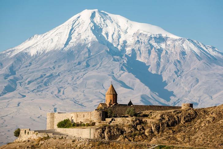 Фото №1 - Россияне смогут посещать Армению по внутренним паспортам