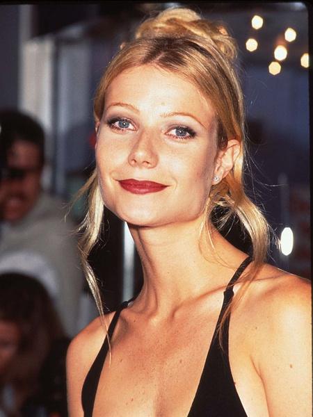 Фото №3 - Гвинет Пэлтроу— 49: бьюти-эволюция одной из самых красивых актрис современности