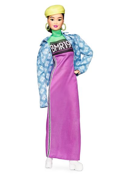 Фото №3 - Hottest streetwear trends: Mattel выпустила ультрамодную Барби XXI века