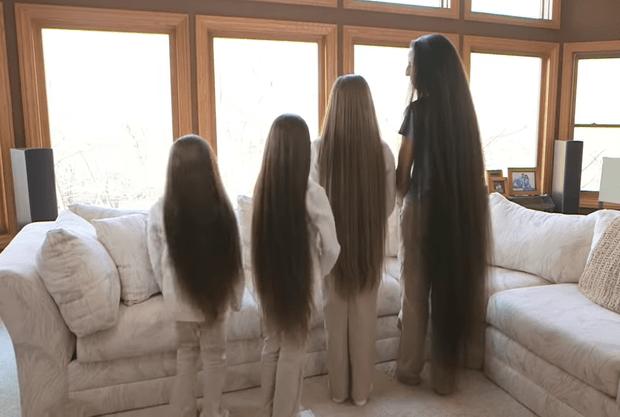 Фото №2 - Как выглядят мама и ее дочки, которые никогда не стриглись