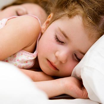 Фото №1 - Уложить ребенка спать не сложно!