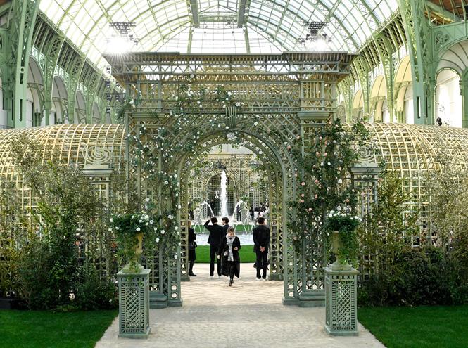 Фото №2 - Цветущий сад Карла: Chanel Haute Couture SS18