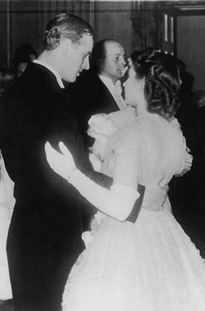 Фото №24 - Молодой принц Филипп: редкие и забытые фото супруга Елизаветы II