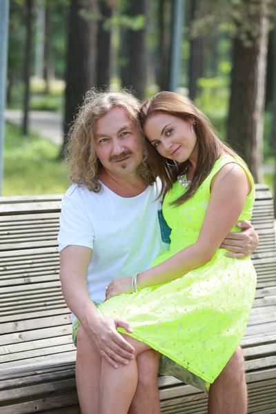 Фото №1 - Юлия Проскурякова поздравила маму, которая выглядит удивительно молодо