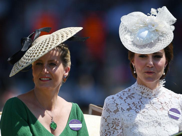 Фото №3 - Спорный момент: единственное недоразумение между Софи Уэссекской и Кейт
