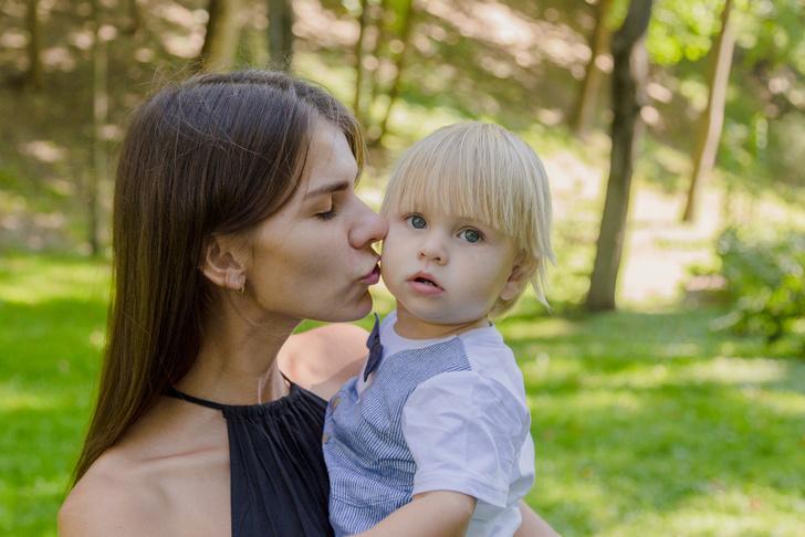 Фото №1 - Как научить малыша не убегать от мамы на улице