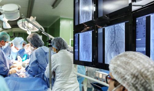 Фото №1 - Петербургские хирурги спасли ребенка из Архангельска с дефицитом кислорода в крови