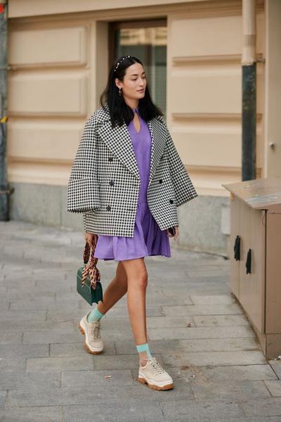 Фото №6 - Тренды 2021: что носить с пальто, чтобы поразить всех этой весной