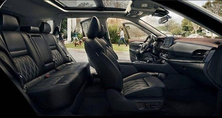 Фото №2 - В Сеть по ошибке слили фото засекреченного кроссовера Nissan