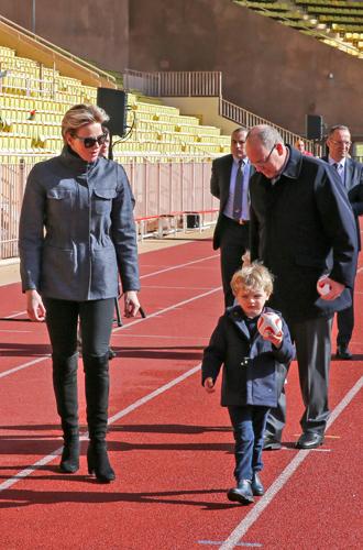 Фото №4 - Как княгиня Шарлен приучает детей к спорту