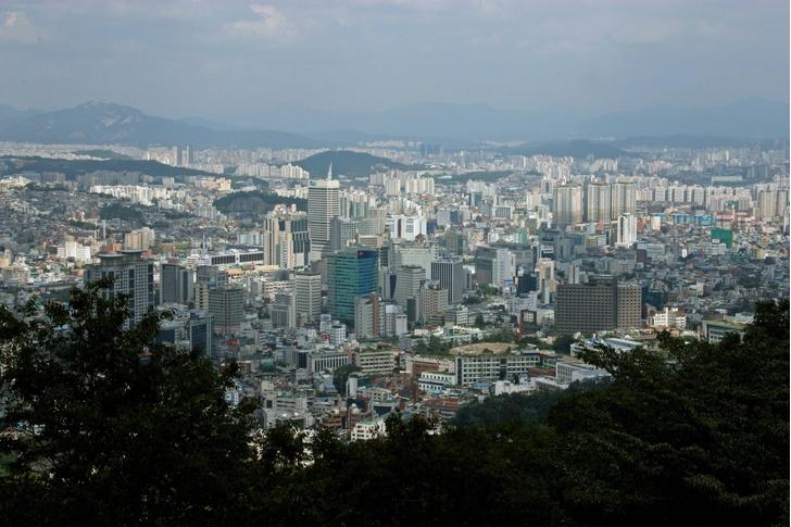 Фото №1 - Южная Корея планирует очистить воздух Сеула с помощью дождей