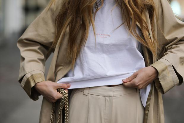 Фото №1 - Дешевле некуда: 20 белых футболок от 200 рублей