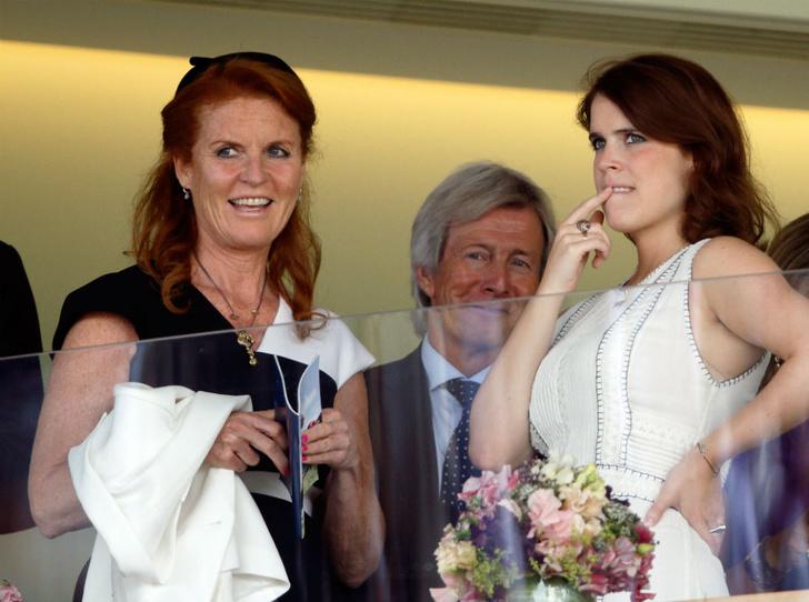 Фото №3 - Почему свадьба принцессы Евгении (уже) сплотила королевскую семью