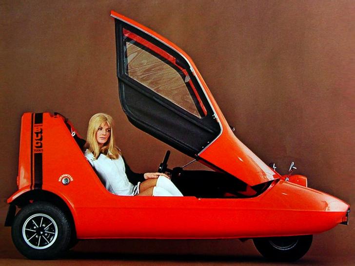 Фото №4 - Эпицентр автомобильного сексизма— британский микрокар, который пытались продавать с помощью манекенщиц