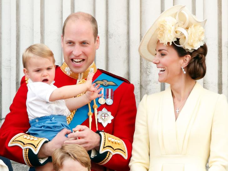 Фото №8 - Улыбчивая герцогиня: 10 самых веселых моментов Кейт за всю ее королевскую жизнь