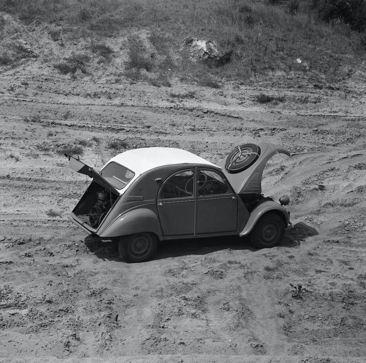 Фото №9 - От зубцов и боеприпасов до автомобиля Фантомаса: история и современность Citroën