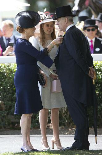Фото №7 - Герцогиня Йоркская возвращается в королевскую семью