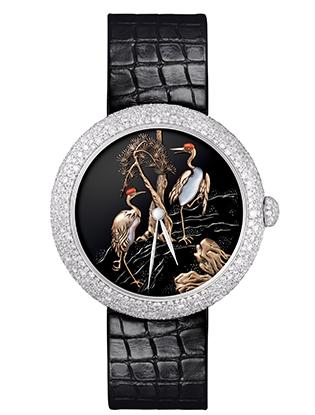 Фото №1 - Магия создания часов Mademoiselle Prive Glyptique от Chanel
