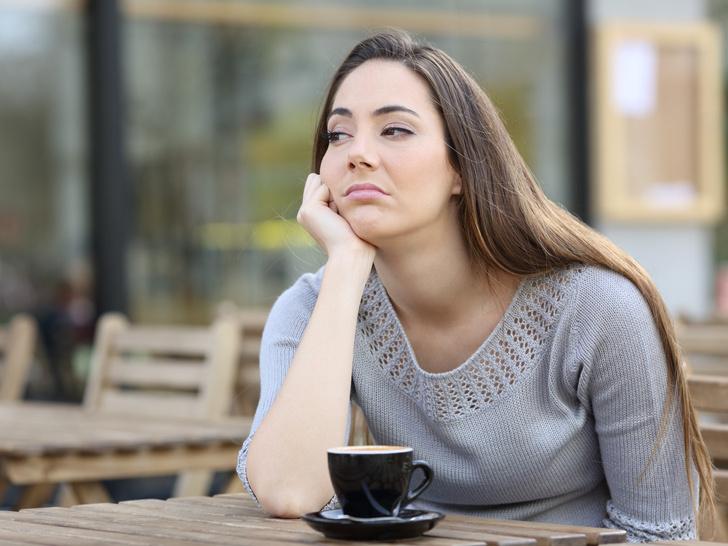 Фото №2 - Почему мы плохо чувствуем себя по утрам: 5 причин, связанных с питанием