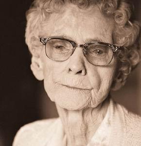 Фото №1 - Болезнь Альцгеймера определят по крови