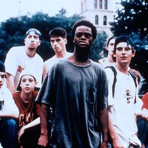 Фото №5 - Ностальгируем вместе: 10 самых стильных фильмов 90-х