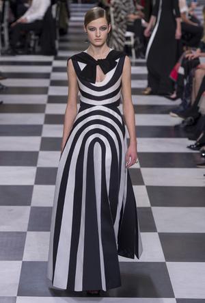 Фото №6 - Сюрреализм в масках: Dior Haute Couture SS18