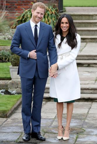 Фото №5 - Почему Гарри не берет Меган за руку в присутствии королевы