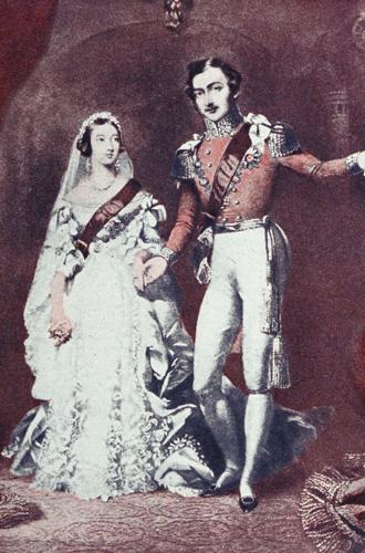Фото №6 - Фото с намеком: 5 фактов о помолвочной фотосессии принца Гарри и Меган Маркл