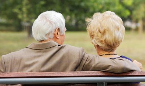 Фото №1 - Минздрав: В России чаще, чем в других странах, умирают люди с диагнозами «старость» и «симптомы»