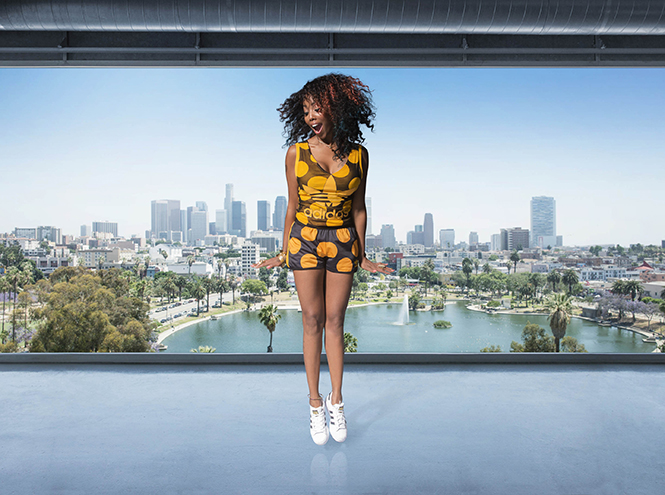 Фото №4 - Фаррелл Уильямс принял участие в разработке женской коллекции adidas Originals