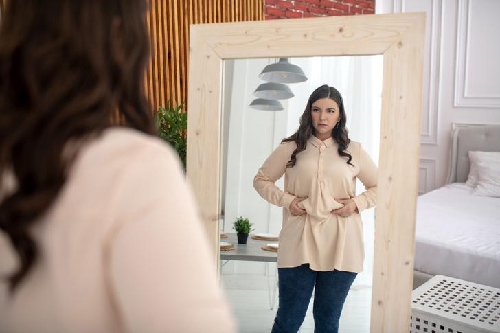 Фото №1 - Дело не в диете: психолог рассказал, что мешает похудеть после родов